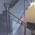 Balustrada z wypełnieniem z siatki plecionej