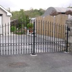 wrought_iron_arched_gates1